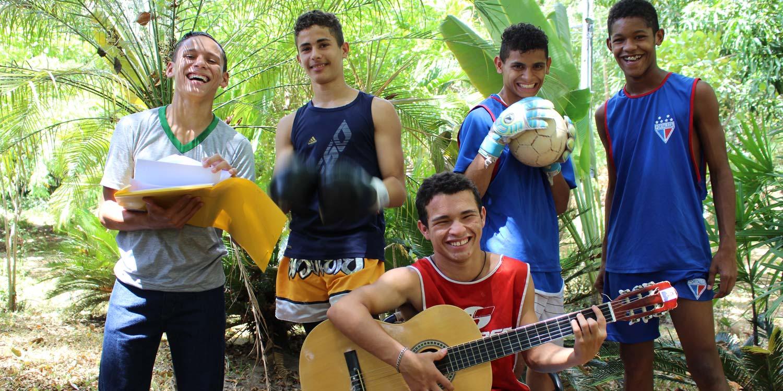 Nazareno-hulpproject (goede doel) – van straatkind tot bankbediende